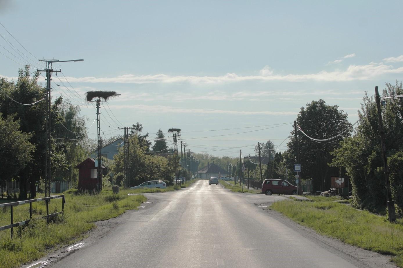 ujtikos fő utca